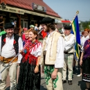 Slovenská výprava v rámci nedeľňajšieho slávnostného sprievodu s vlajkami a štandardami.
